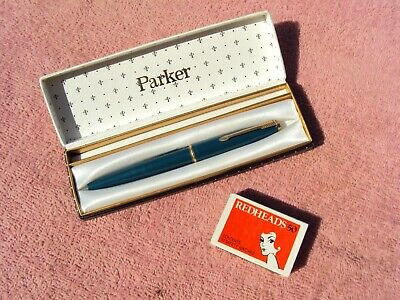 """PARKER"" FOUNTAIN PEN IN ORIGINAL CASE 1960s ERA GREEN BODY ROLLED GOLD FITTINGS"