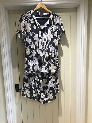Debenhams Classic Two Piece Skirt And Blouse Size 20