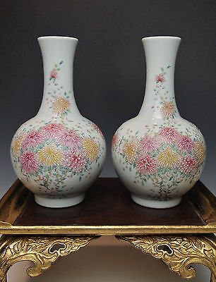 2 FINE ANTIQUE CHINESE PORCELAIN VASE PAIR Famille Rose China Qing Republic ROC