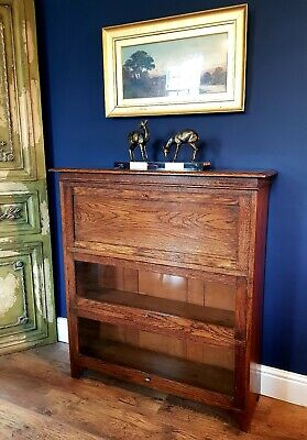 Globe Wernicke Style bureau Bookcase. 2 Tier glass door below. Oak. Circa 1920.