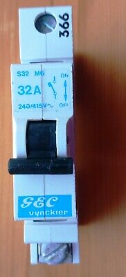 Details about  /VYNCKIER 32 AMP Type 2 mcb E32 m6
