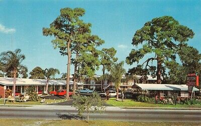 Gayhead Motor Inn Rtes 376 52 Hopewell Junction NY 115879 RL Soyars pub