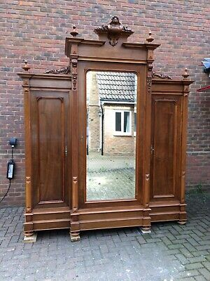 Italian 19th century original carved walnut antique wardrobe 3 doors