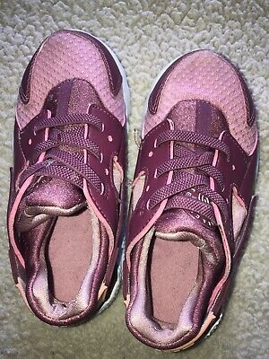 Nike Hurache Girls Pink Size 10 Athletic Shoes