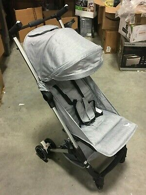 Babyroues Ultra Lightweight Compact Folding Traveling Stroller in Gray