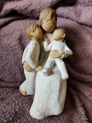 Willow tree quietly figurine v.good condition