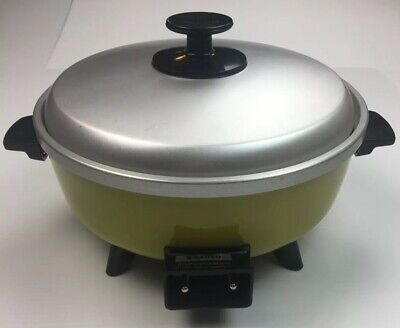 Vintage Retro Sanyo Cooker Green 1970s WORKING Made in Japan Tested & Tagged