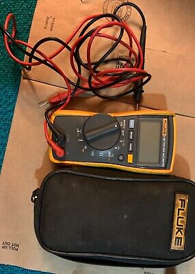 Fluke 116 True RMS Multimeter with Test Leads (PPP017117)