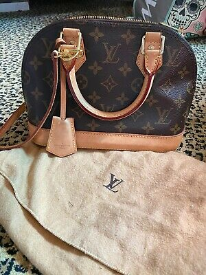 Louis Vuitton Signature Monogram ALMA BB with Strap & Dustbag Great Used!