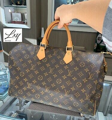 Authenticated LOUIS VUITTON Speedy 40 Monogram Canvas Lock and Key Clean