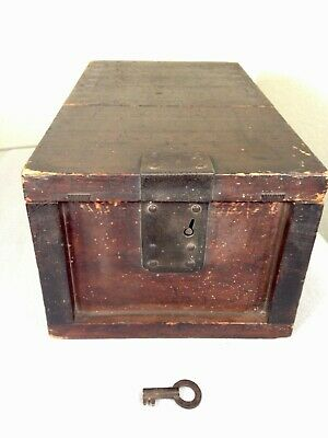 Beautiful Antique Asian Chinese locking Tea Strong Box Chest Wooden Box with key
