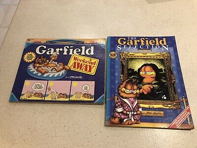 Vintage 2 x Garfield Comic Books Collection Jim Davis Bundle