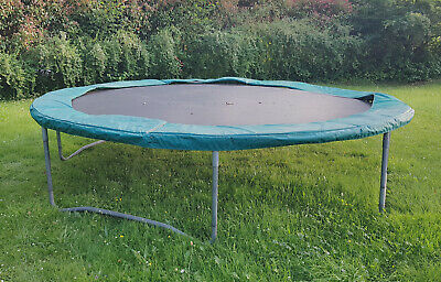 14ft trampoline frame, springs, jumping mat and safety pad