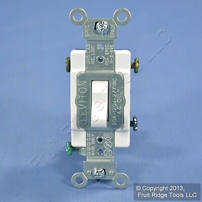 Leviton White 3-Way COMMERCIAL Grade Toggle Wall Light Switch 20A Bulk CS320-2W