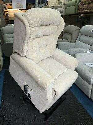 CELEBRITY WOBURN LEATHER Dual Motor Riser Recliner Chair