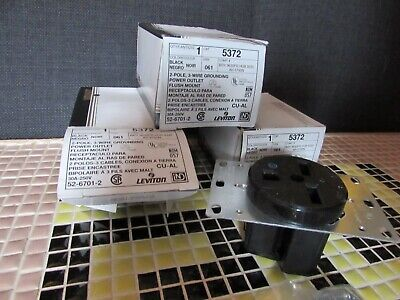 Leviton 5372 Power Outlet  3 pcs New in Box 30A-250V - 2 Pole 3 Wire
