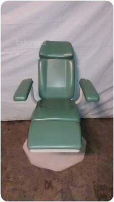 Umf 8612 Exam Examination Table Chair @ (210431)