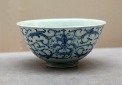 Antique Chinese Blue and White Porcelain Bowl, Qing Dynasty.