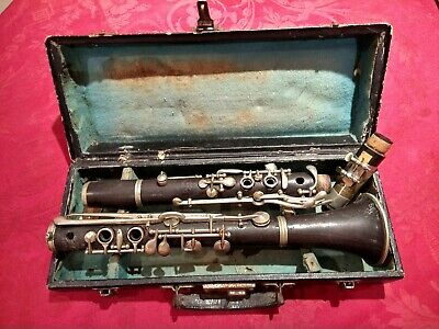 Clarinet Couesnon SA Paris  - for restoration in the original case