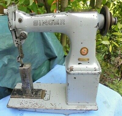 Postbed Singer 51W54 Lockstitch Industrial Vintage Sewing Machine