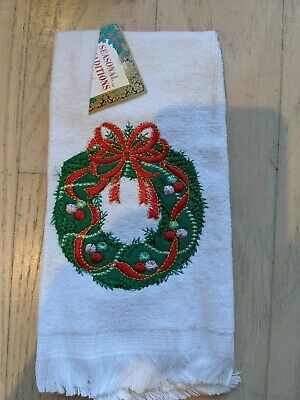 "Embroidered ""joy"" in gold Holiday Wreath Hand Towel in Natural 28x16 Cotton NEW"