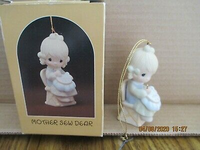 Mother sew dear #E0514 Precious Moments Retired