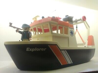 PLAYMOBIL PIRATE ship boat Captain crewmen Castaway island men man ghost figure