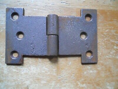 2L CAST IRON LINEBERRY WOOD  WHEEL FACTORY CART STAKE POCKET HOLDER 2R