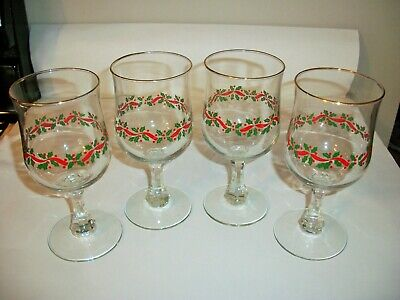 4 Arby's Libbey Christmas Holly Berries Wine Stem Glasses A