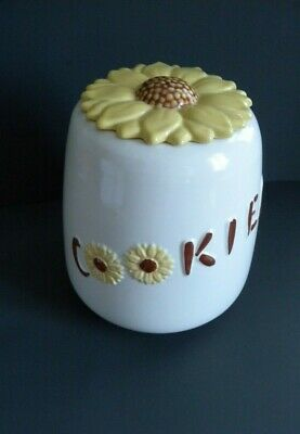 """Vintage Abingdon """"Daisy"""" Cookie Jar with Lid Yellow flowers -1949"""