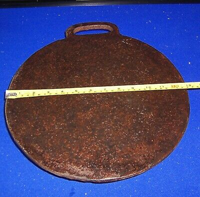"Antique cast iron griddle/bakestone 13"" x 10 mms Welsh cakes"