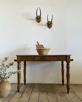 Victorian Antique Country Farmhouse Rustic Washstand