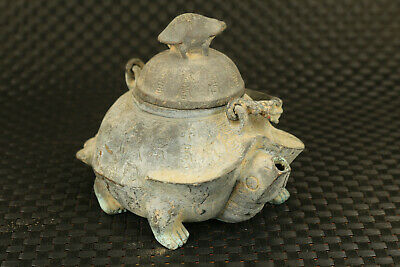 Chinese old bronze Hand cast tortoise statue tea pot noble home decorate