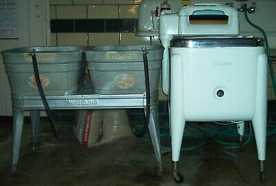 Maytag Vintage Washing Machine Nice Condition Model E2Ls With Metal Rinse Tubs