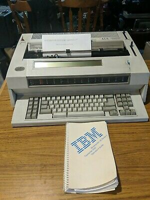 IBM Wheelwriter 30 Series II Electronic Typewriter With Manual - Works Great!