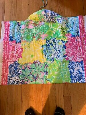 NWT Lilly Pulitzer Baby Beach Wrap Towel with Hood Cheek To Cheek