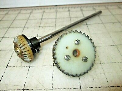 Bernina Favorit 540 Sewing Machine Parts - Nylon Gears & Vertical Shaft