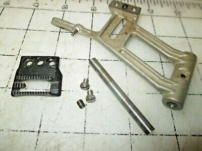 Bernina Favorit 540 Sewing Machine Parts - Feed Dog Parts