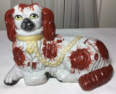 Vintage Hand Painted Ceramic Staffordshire King Charles Spaniels Dog Figurine