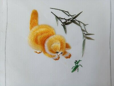 Chinese Double-sided hand embroidered Suzhou embroidery silk art:kitty cat 20cm