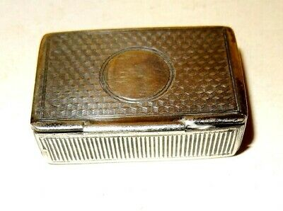 Snuff box shaped solid silver Vesta. Concealed opening Birm1906.