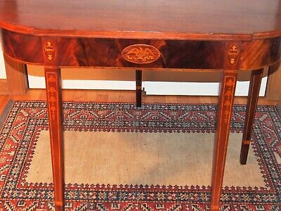 Period American Federal Inlaid Games Table - Eagle, Bell Flowers - 1800