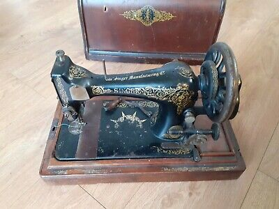 Antique SINGER 28K 1910 with Rare *INDIAN STAR* & Scrolls Decals Sewing Machine
