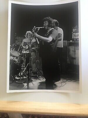 Rare Black & White photo - early Grateful Dead on stage in excellent condition