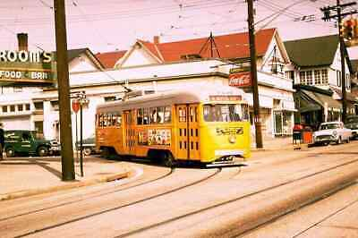 BALTIMORE #8 LINE TURNING ON YORK ROAD IN TOWSON 1960's - PHOTO