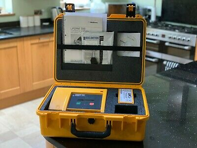 Medtronic Lifepak 500 AED Physio Control In Protective Carry Case