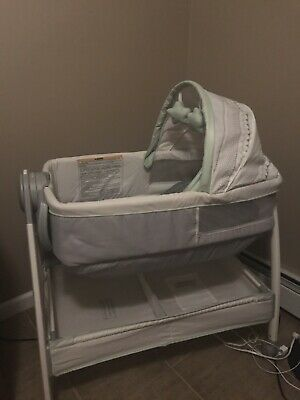 Brand New Bassinet Never Used Just Put Together