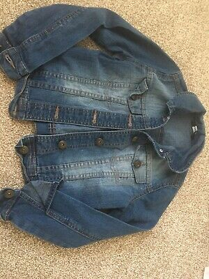 Lovely girls denim jacket from George. Age 7-8 years.
