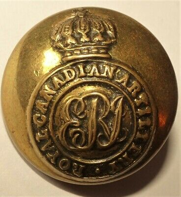 Pre WWI Royal Canadian Artillery Large Button Stillwell & Son London Ducal Crown