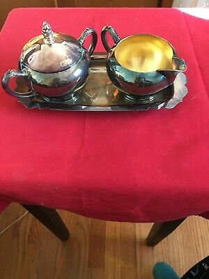 Vintage EMPIRE CRAFTS CORP Silver Plate Cream &  Sugar Bowl Set With Tray